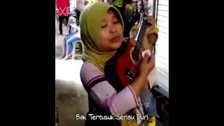 Video Secawan Madu - Dangdut Versi Ibu Sri Memang Selalu Asyik - Cover Dangdut Akustik Ukulele download MP3, 3GP, MP4, WEBM, AVI, FLV Oktober 2017