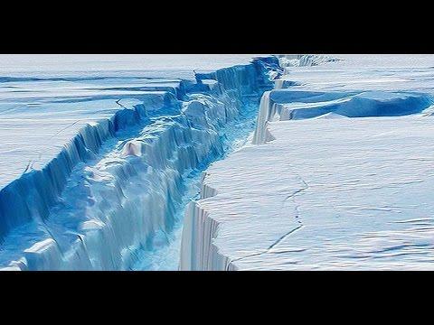 Giant Antarctic Ice Crack Creates Super-Iceberg