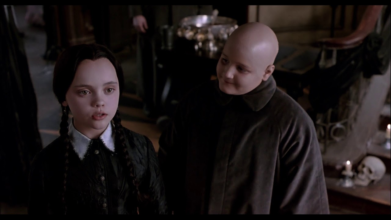 wednesday's halloween costume - the addams family (1991) - youtube