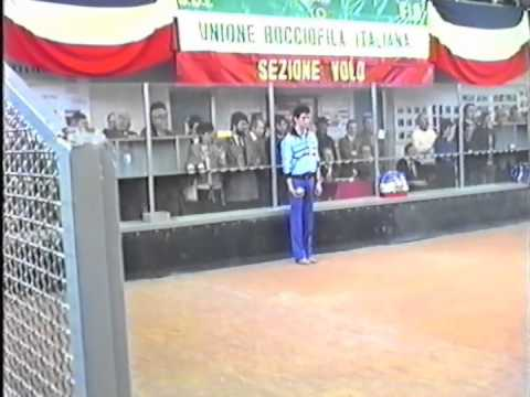Italy - France Bowls Match (1986). Precision Throw.