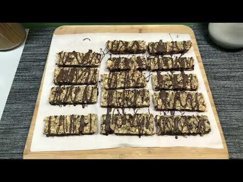 Chocolate Chip Granola Bars Recipe (Vegan, Gluten Free)