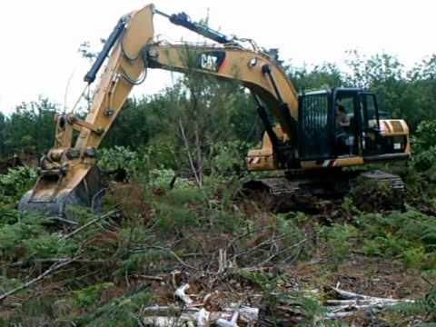 Arrache souche pallari khm140 en action doovi - Comment detruire une souche d arbre ...