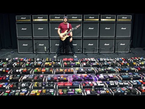 Download The World's Largest Guitar Pedalboard world record Mp4 baru