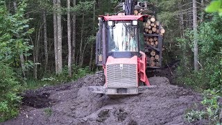 Logging with Valmet 840.3, difficult road, mud, skilled operator