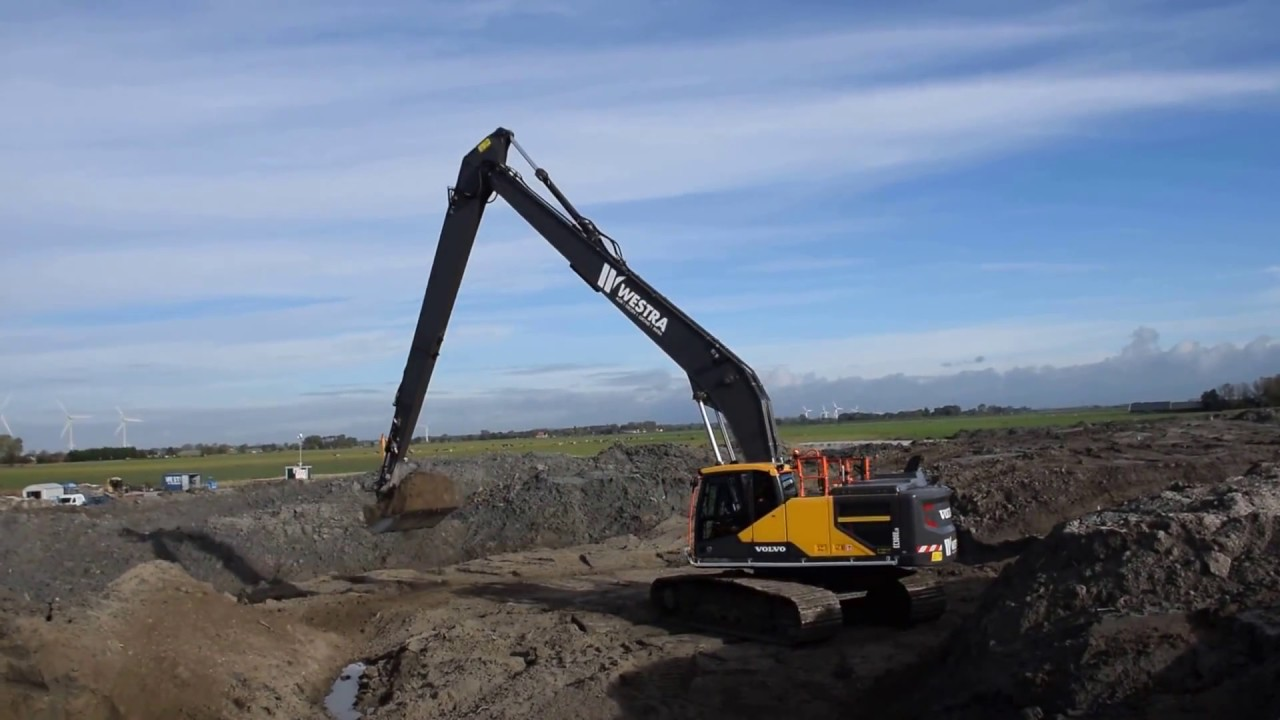 Volvo EC 300E Longreach excavator, Westra B.V. - YouTube