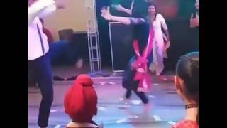 Munda karda canada ch drivery || energetic dance