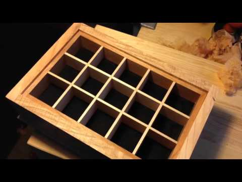 Jewellery box tray with piston fit