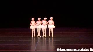 2599953-a-sketch-of-a-girl-dancer-dancing-on-pointe Dancing On Pointe