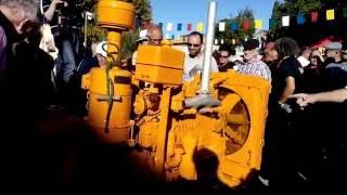 moteur CATERPILLAR et son petit moteur de démarrage