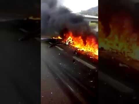 Helicóptero cai e mata  jornalista Ricardo Boechat