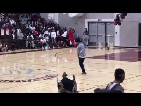Teen destroys rally show dancing to Micheal Jackson's Jam