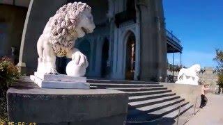 Воронцовский дворец в Алупке, южный фасад(Видео показывает окружение и детали южного фасада Воронцовского дворца в Алупке с видом на море, лестницу,..., 2016-04-15T21:02:30.000Z)