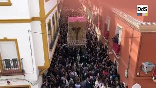 La Esperanza Macarena en la calle Parras - Semana Santa Sevilla 2019