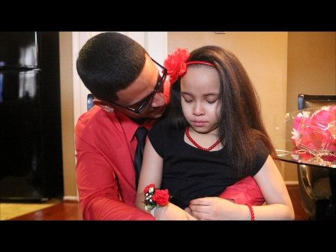 8 year old gets surprise invite to Daddy/Daughter dance