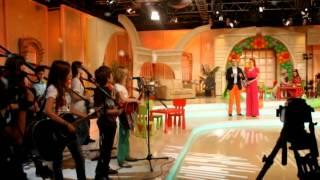 Crescendo ft. Roxana Andronescu - Vine Craciunul