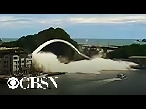 Steve Knoll - Bridge in Taiwan Collapses a Day After Typhoon Hits