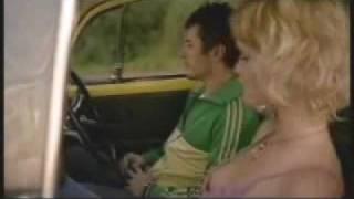 Sexo seguro no carro