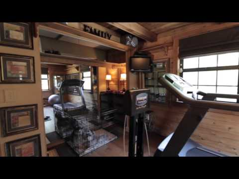 3/2 Log Home For Sale - 7204 Valrie Ln  Riverview FL