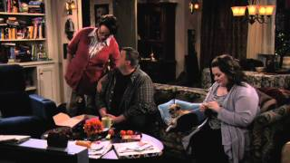 Mike & Molly - Meet the Moms of Mike & Molly