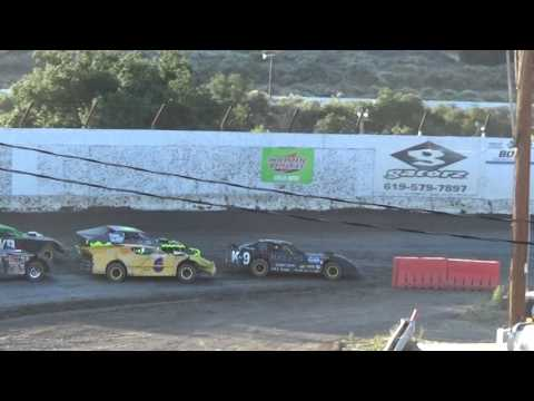 Barona Speedway Figure 8 Unlimited Heat 6-17-2017