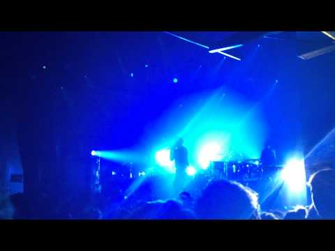 SBTRKT - Hold On (feat Sampha live!) - Paradiso, Amsterdam