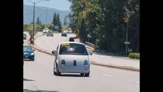グーグル自社開発の自動運転車、公道で走行試験開始 AFP=時事 6月26...