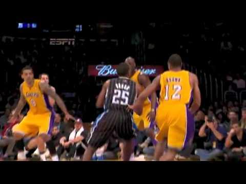 (NBA Season 10-11)- Shannon Brown Huge Block On Chris Duhon