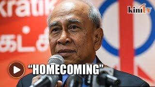 Former diplomat joins DAP