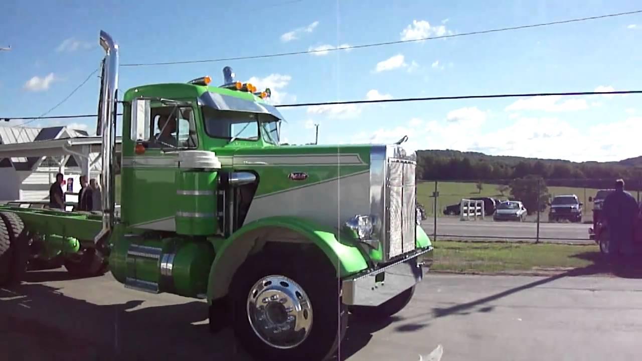 Green Peterbilt