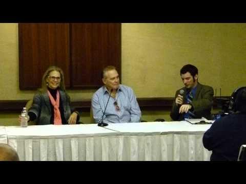 Lee Majors and Lindsay Wagner Q & A Session Super Megafest November 22nd, 2014 Part One