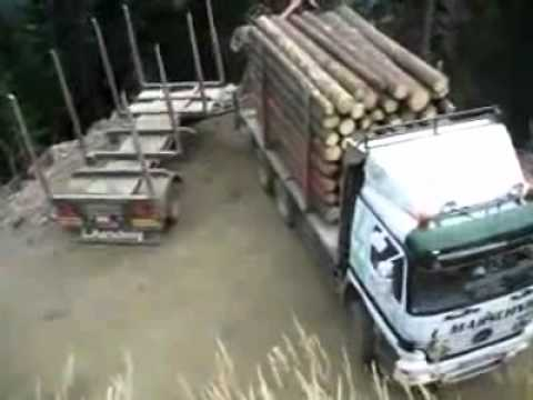 All Pro Trailers >> Superb Skills - Log Truck 360 Turn Around Above Dangerous ...