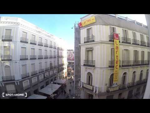 Studio apartment with 3 balconies for rent in Madrid City Centre - Spotahome (ref 120999)