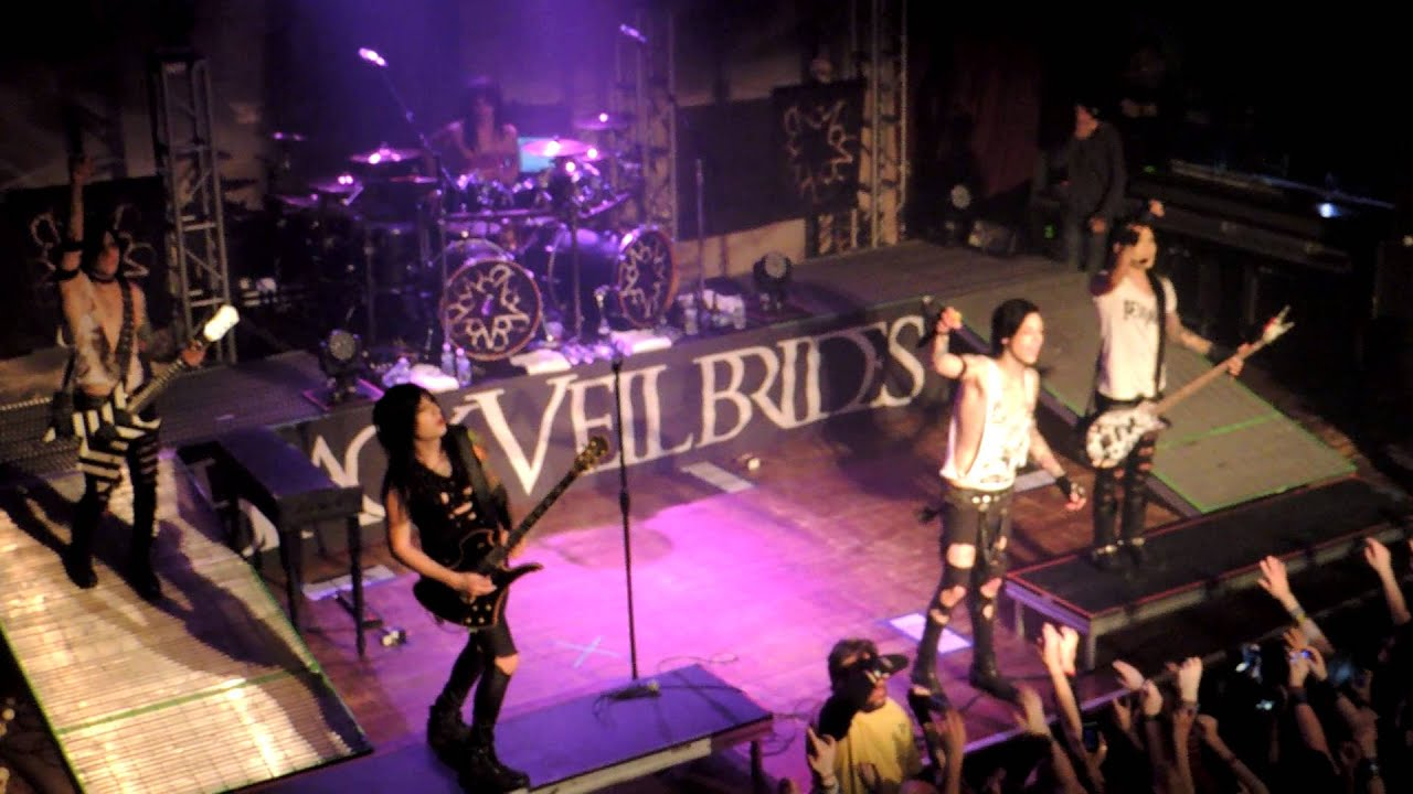 in the end black veil brides house of blues chicago - youtube