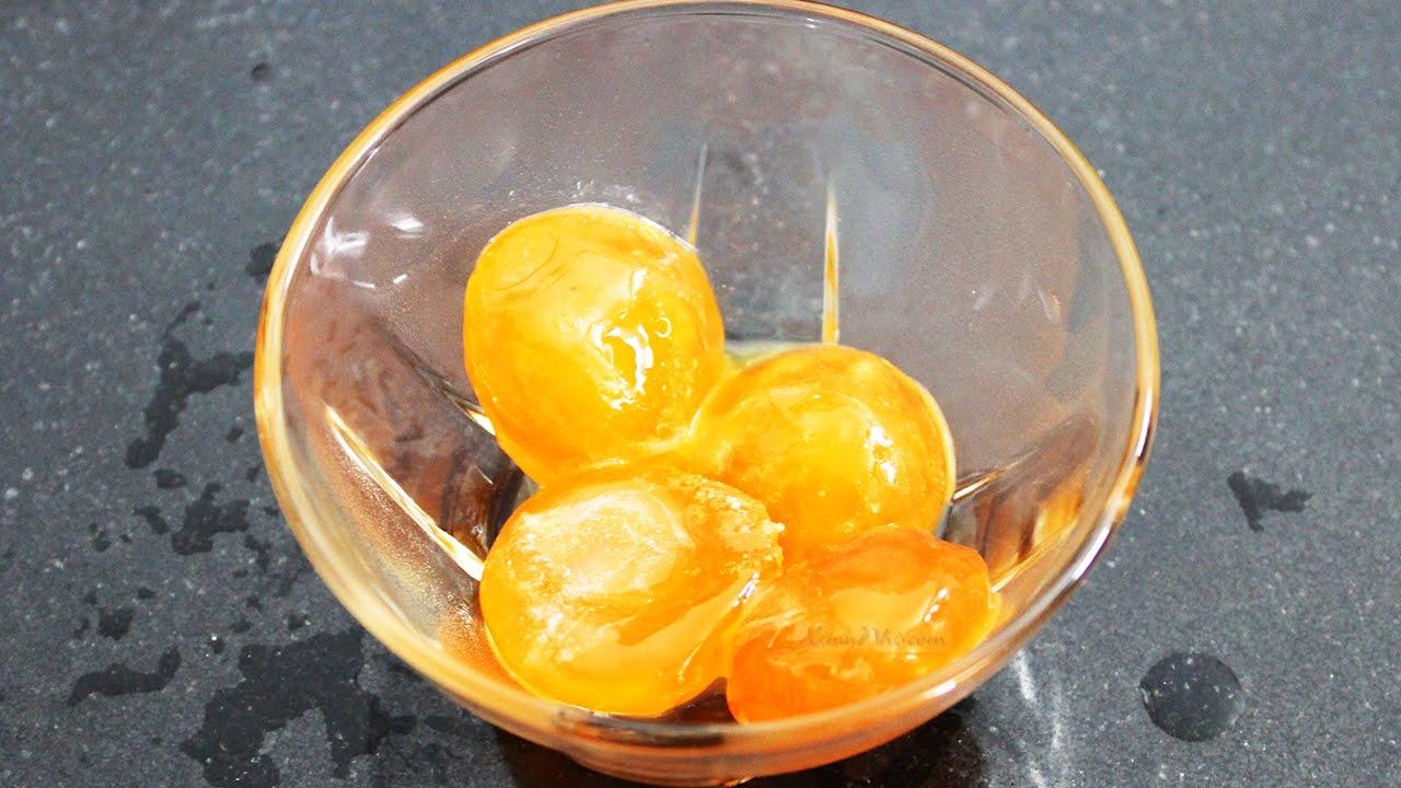 Cách làm trứng muối ngon cực nhanh chỉ sau một đêm
