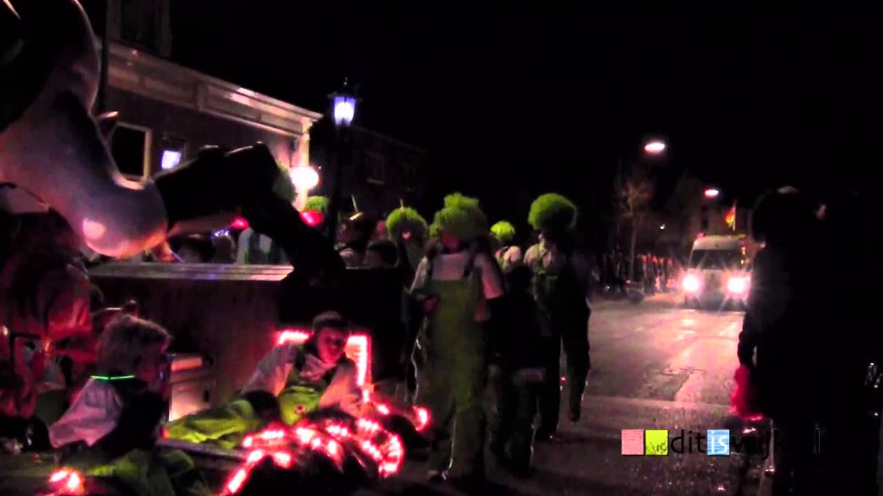 Verlichte carnavalsoptocht Cothen 2015 - YouTube