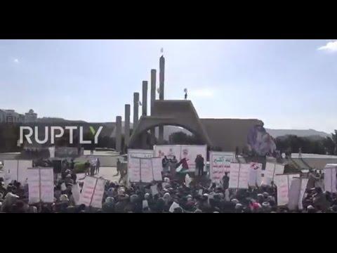 Yemen: Sanaa revolts as Trump lands in Riyadh for military deals