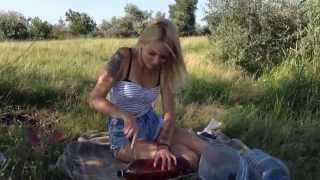 Как сделать ловушку для рыбы.(В этом видео я показываю как сделать ловушку для рыбы с помощью бутылок и каната. Ставьте лайки,пишите комен..., 2015-07-26T19:10:37.000Z)