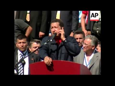 """Chavez told to """"shut up"""" as summit ends, Chavez, Morales at alt summit"""