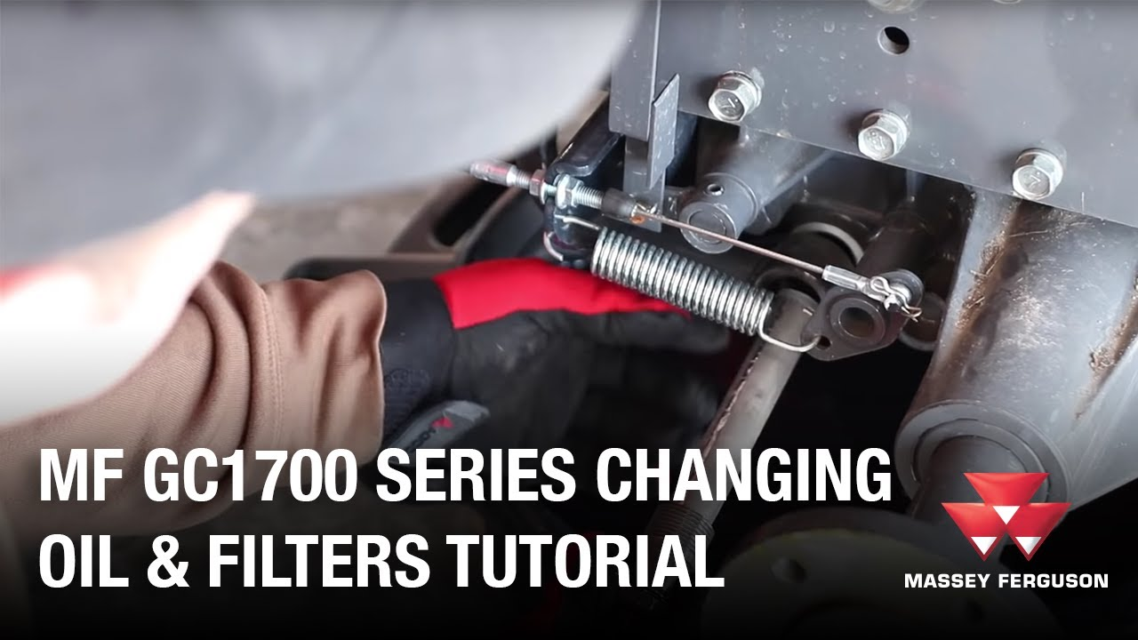 AGCO DIY Series: How to change the hydraulic and transmission oil