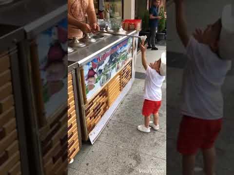 Dondurmacı Yusuf Emiri Kandırıyor