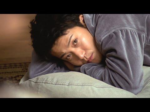 小栗旬、家事で疲れた女性へのごほうびは「にゃあ!」 猫を演じるため「3日3晩寝ずに考えてきた」 江崎グリコ『プリッツ』新CM「猫」篇&メイキング