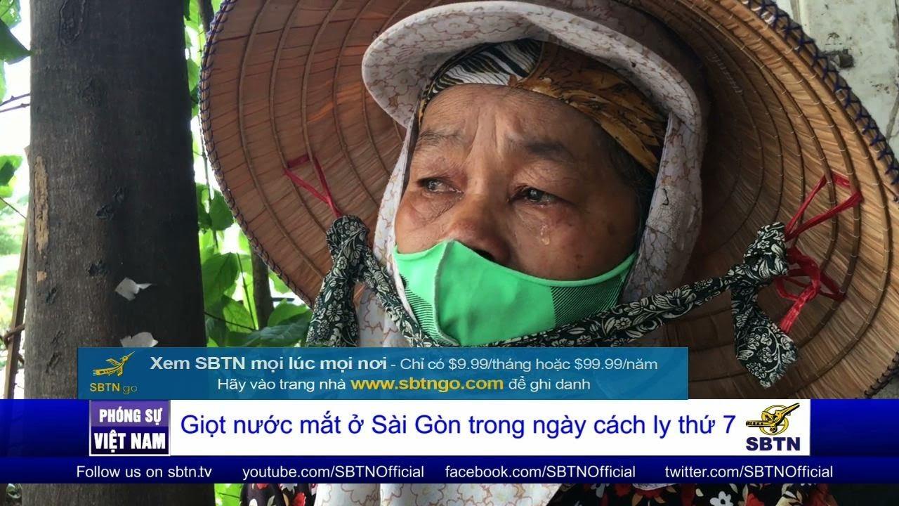 PHÓNG SỰ VIỆT NAM: Từ bán vé số, sang lượm ve chai trong những ngày cách ly xã hội ở Sài Gòn