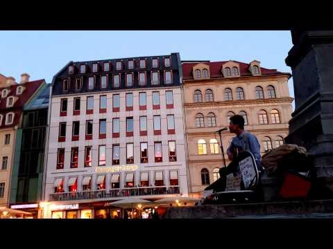 kimman wong busker - busking Dresden Frauenkirche