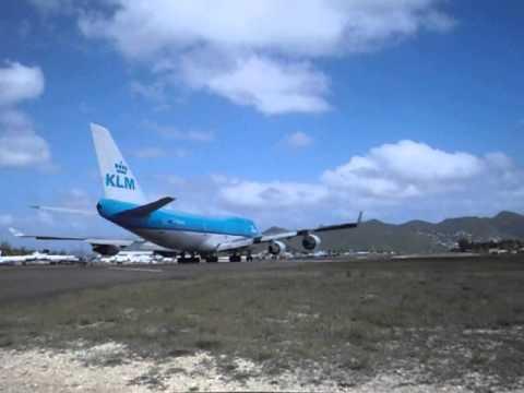 Decolagem 747-400 KLM de Sint Maarten