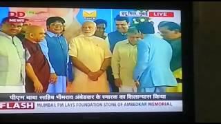Prime Minister of India Mr Narendra  Modi with Venerable Dr Rahul Bodhi.