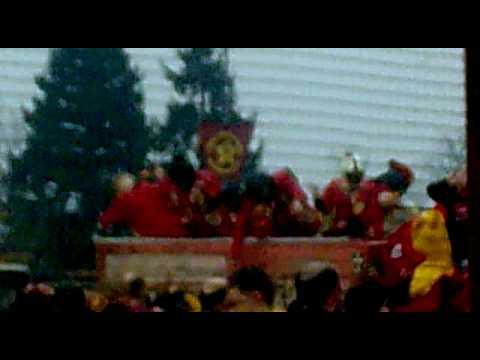carnevale d'ivrea 2010la vecchia eporedia vs mercenari....