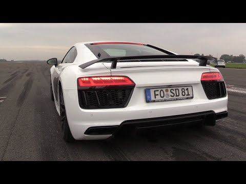 900HP Twin Turbo Audi R8 V10 Plus – Start, BRUTAL Revs & Accelerations!