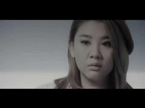 鄭欣宜featuring李拾壹《Fake a Smile》