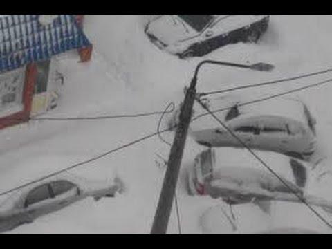 Новотроицк завалило снегом. 18+.