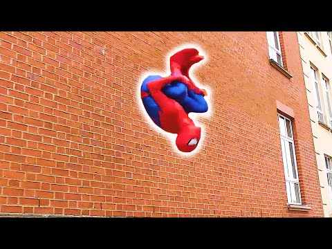 SPIDER-MAN Fights Crime | Parkour, Flips & Kicks